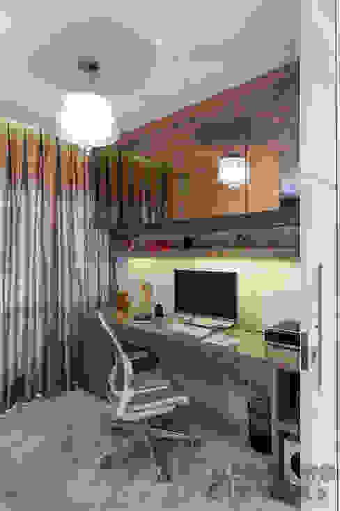 Oficinas y locales comerciales de estilo  por Martins Valente Arquitetura e Interiores