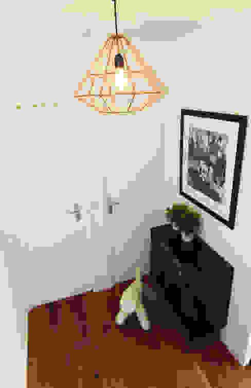 Corredores, halls e escadas modernos por Diego Alonso designs Moderno