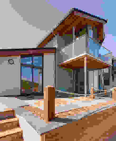 Rockside, Polzeath, Cornwall Дома в стиле модерн от Trewin Design Architects Модерн