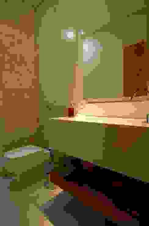 Baños de estilo moderno de Cabral Arquitetura Ltda. Moderno