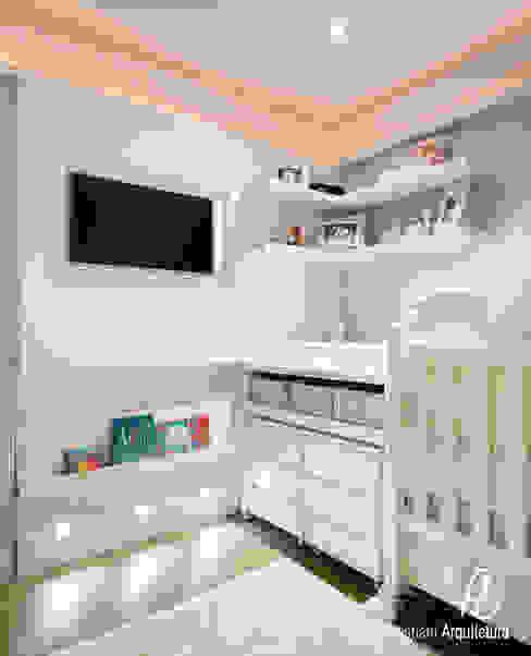 Dormitório de Bebê: Quarto de crianças  por Flávia Bastiani Arquitetura
