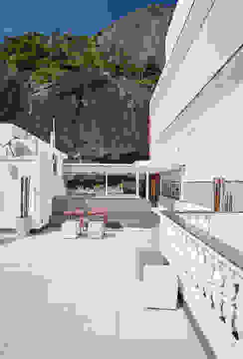 Terraço Urca - RJ Varandas, alpendres e terraços modernos por DG Arquitetura + Design Moderno