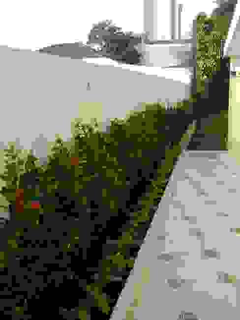 MC3 Arquitetura . Paisagismo . Interiores Jardines de estilo rural