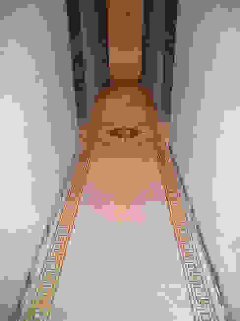 Mosaic floor Mosaico3M Classic style corridor, hallway and stairs