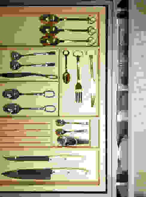 Cocinas de estilo  por 샐러드보울 디자인 스튜디오, Escandinavo