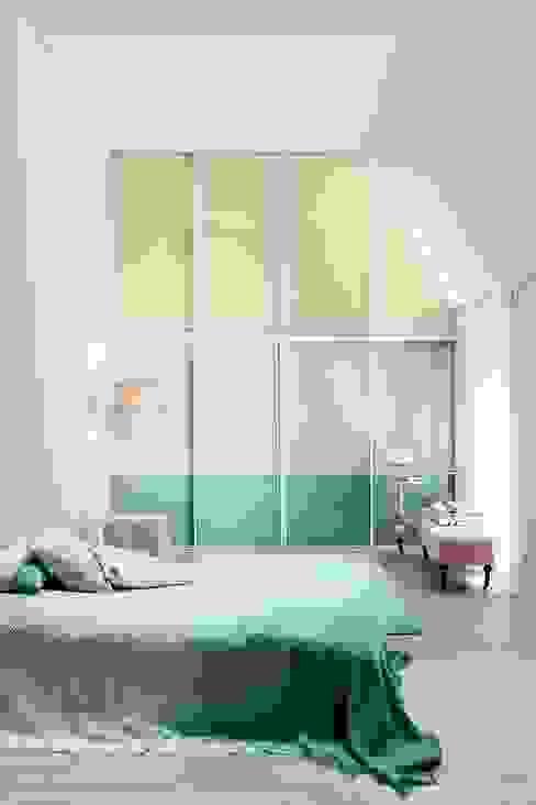 Dormitorios de estilo  por CABINET Schranksysteme AG