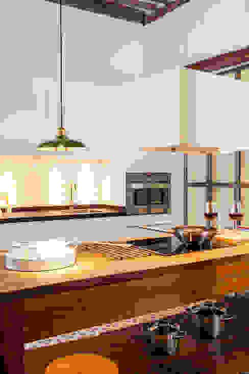 The Sibarist Rastro The Sibarist Property & Homes Cocinas de estilo rústico