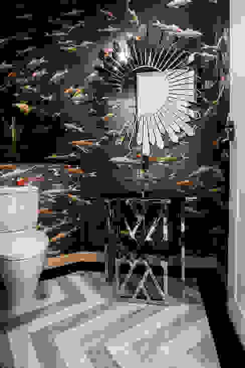 Ванные комнаты в . Автор – Design Intervention, Модерн