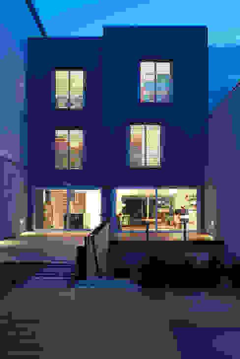 CASA GM Casas de estilo moderno de BADIA ARQUITECTES SLP Moderno