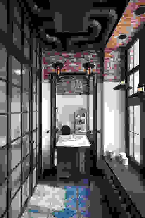 Лофт 17 Ванная в стиле лофт от Александра Клямурис Лофт