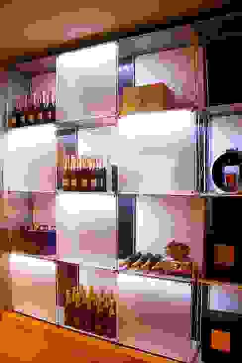 모던스타일 와인 저장고 by AMMA PROJETOS 모던