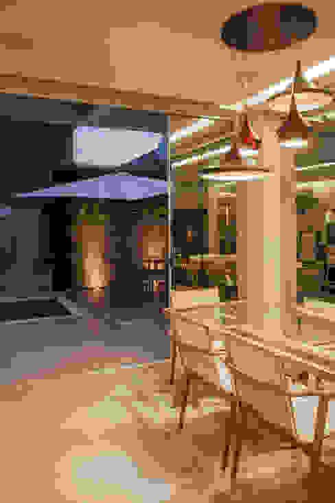 Terrazas  de estilo  por Heloisa Titan Arquitetura,