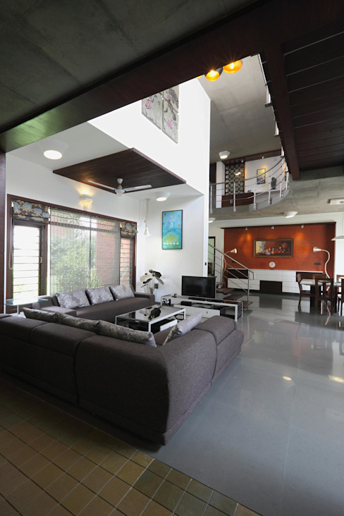 Dual house images Modern living room by Vipul Patel Architects Modern