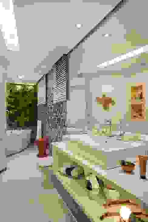 모던스타일 욕실 by Mericia Caldas Arquitetura 모던