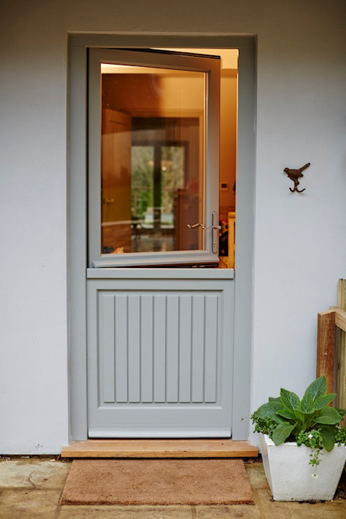 Half glazed stable door Pintu & Jendela Modern Oleh The Wood Window Alliance Modern