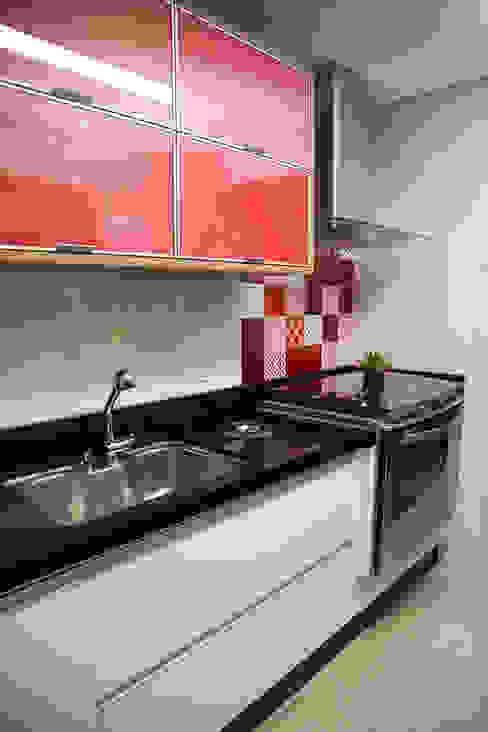 Apto 92m² Cozinhas clássicas por Andressa Saavedra Projetos e Detalhes Clássico