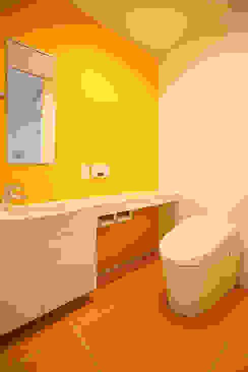 トイレ モダンスタイルの お風呂 の OARK一級建築士事務所 モダン