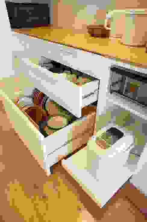 都島のマンションリフォーム ミニマルデザインの キッチン の ニュートラル建築設計事務所 ミニマル