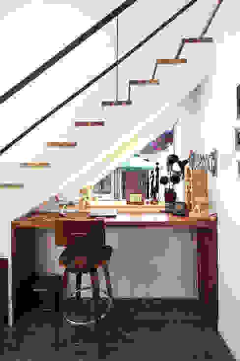 Jendela oleh 주택설계전문 디자인그룹 홈스타일토토, Modern