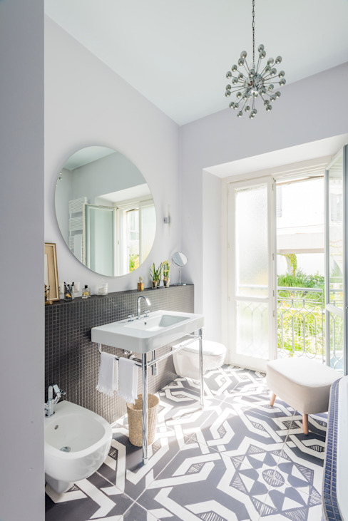 Eclectic style bathroom by cristianavannini | arc Eclectic