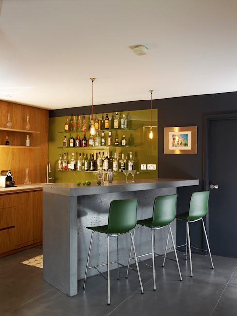 Fully fitted bar area Holloways of Ludlow Bespoke Kitchens & Cabinetry Modern kitchen Concrete Grey