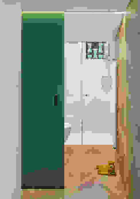 Bathroom by Assen Emilov Photography, Scandinavian