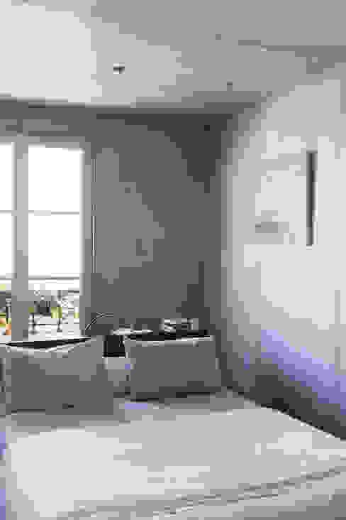 Concrete Flat Kamar Tidur Modern Oleh Concrete LCDA Modern Beton