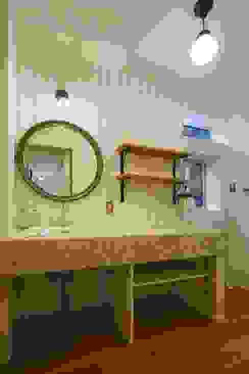 Skandynawska łazienka od dwarf Skandynawski