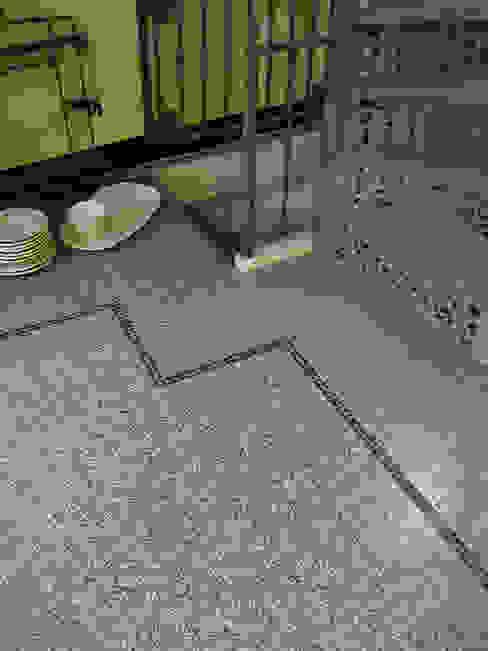 MAWI Tegels B.V. Industriale Wände & Böden Granit