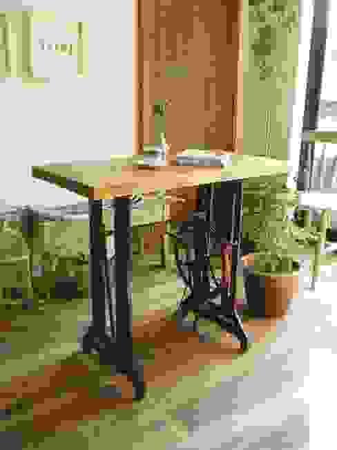 流木天板とミシン脚のテーブル 流木専門店 海の木 リビングルームサイドテーブル&トレー