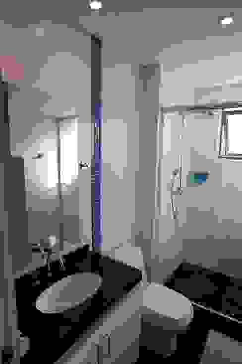 Modern bathroom by Patrícia Azoni Arquitetura + Arte & Design Modern