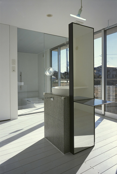 Moderne Badezimmer von ジャムズ Modern