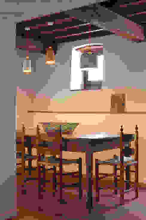 CASA A CAMPIROLI Officine Liquide Modern Dining Room