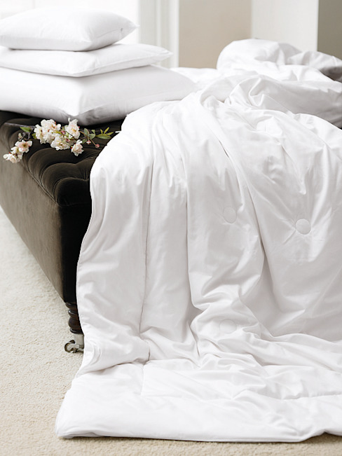 Gingerlily silk bedding من homify كلاسيكي