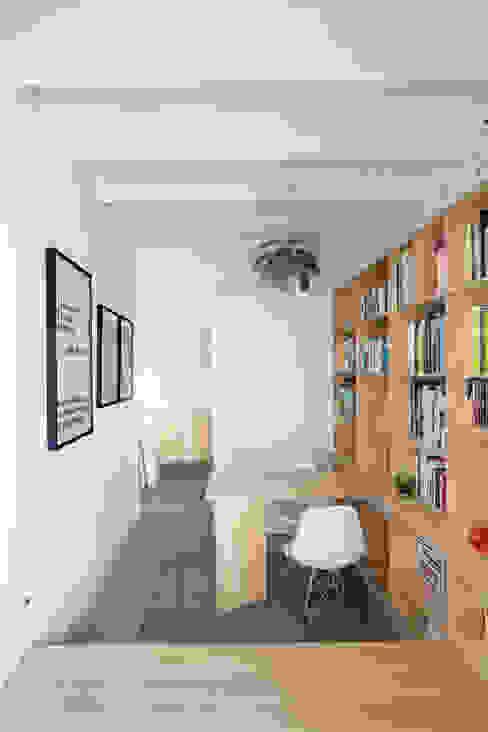 Estudios y oficinas modernos de vora Moderno