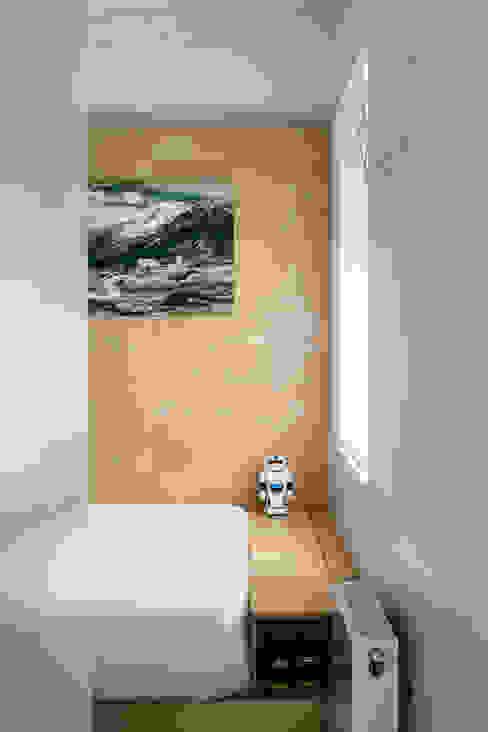 Bedroom by vora,