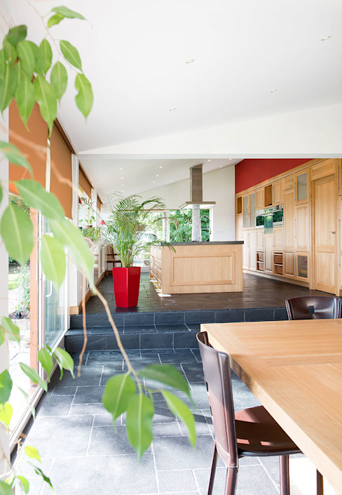 Extension de cuisine à Lentilly (69) Cuisine moderne par réHome Moderne