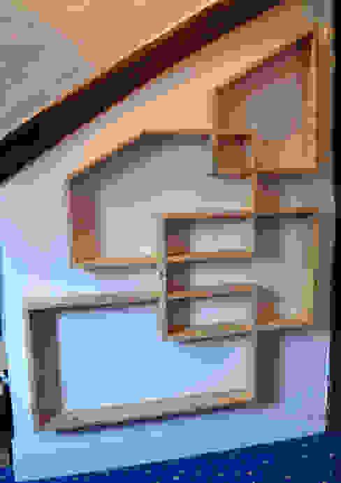 Etagères en palette Chambre moderne par Paul H - Artéfacts Moderne Bois Effet bois