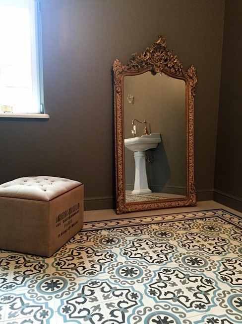 Handproduzierte Fliesen - Handgemachte Bunte Fliesen Rustikale Badezimmer von Kolory Maroka Rustikal Fliesen