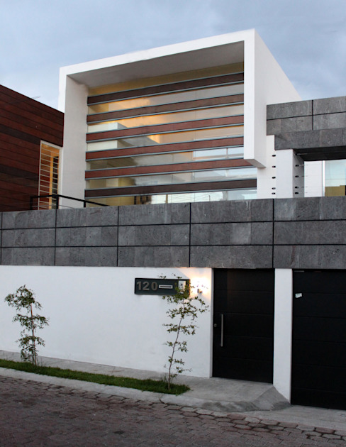 Modern houses by Arquimia Arquitectos Modern