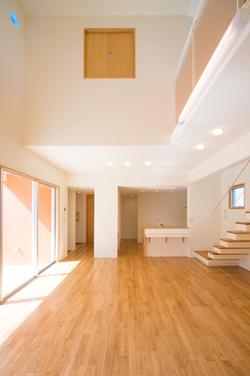 プラソ建築設計事務所의  거실, 모던