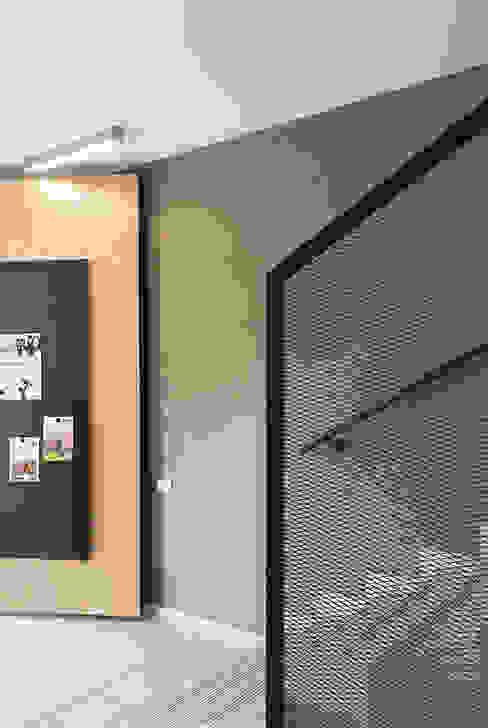 Pedon Spa Progettazione e realizzazione interni studiograffe Complesso d'uffici moderni Metallo