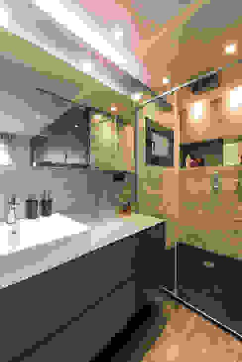 Baño – Reforma París | Standal Baños de estilo moderno de Standal Moderno