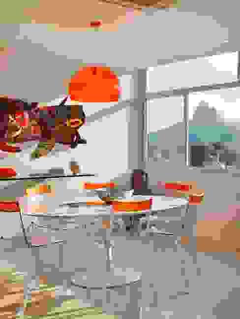 غرفة السفرة تنفيذ Carlos Salles Arquitetura e Interiores,
