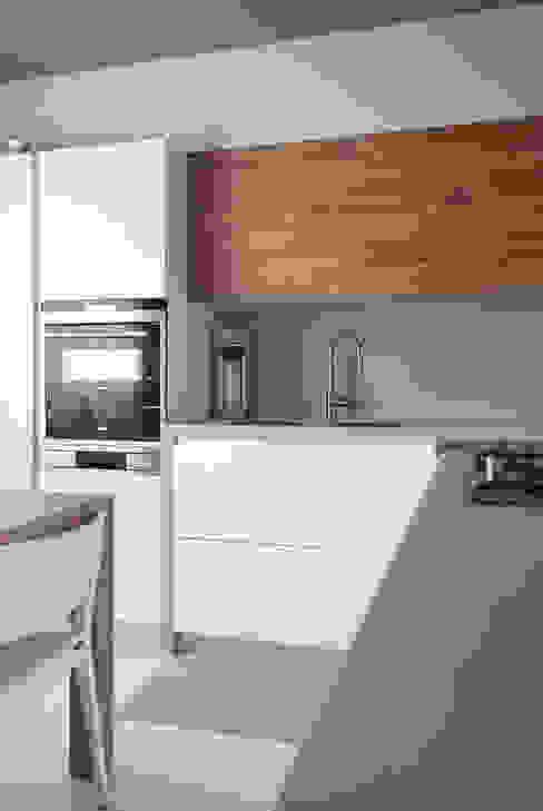 Cucina casa privata Vicenza, 2014 studiograffe Cucina moderna Bianco
