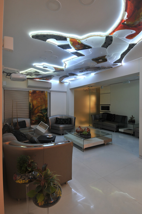 Site at Juhu Modern Living Room by Mybeautifulife Modern