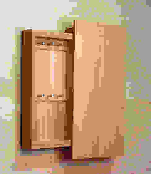 キーBOX 横型: 木の家具 quiet  furniture of woodが手掛けた折衷的なです。,オリジナル 木 木目調