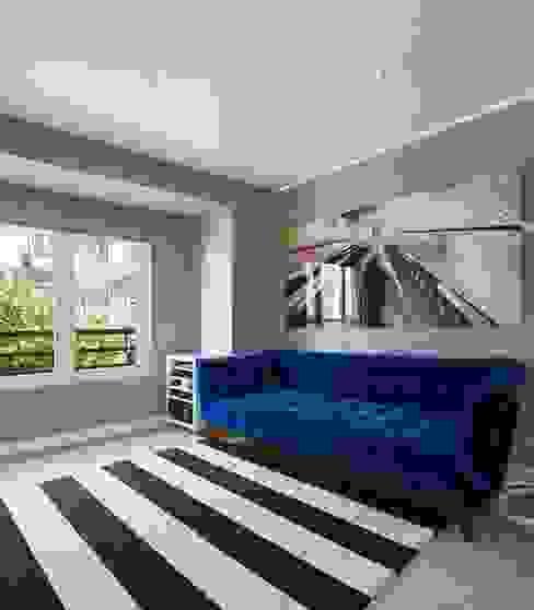 Minimalist living room by Ana Maria Timóteo _ arquitecta Minimalist