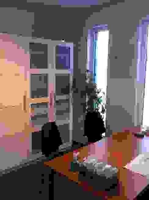 Habitation et cabinet médical à Sombreffe Bureau moderne par Bureau d'Architectes Desmedt Purnelle Moderne