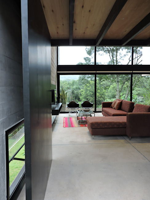 jose m zamora ARQ Minimal style window and door Metal